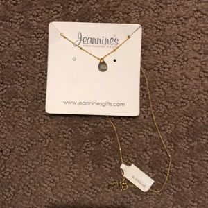 NWT Crystal and Gold necklace